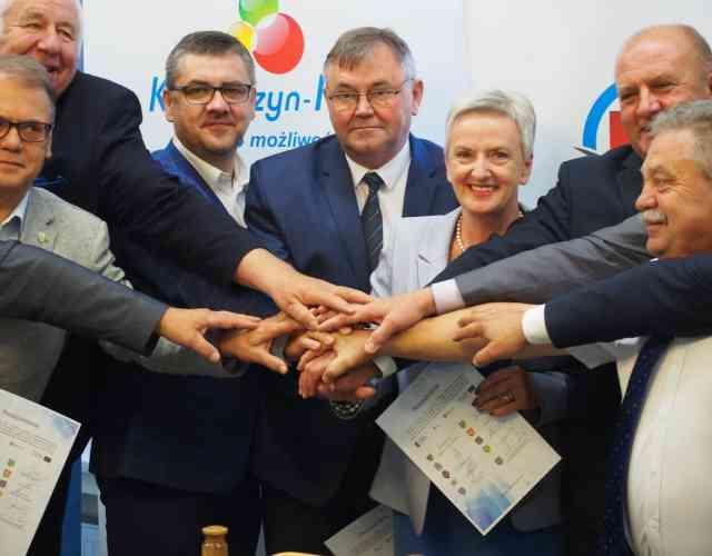 Uroczystość podpisania umów o dofinansowanie projektów z Regionalnego Programu Operacyjnego Województwa Opolskiego na lata 2014-2020